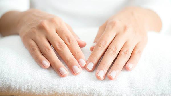 Cosmetice îngrijirea mâinilor